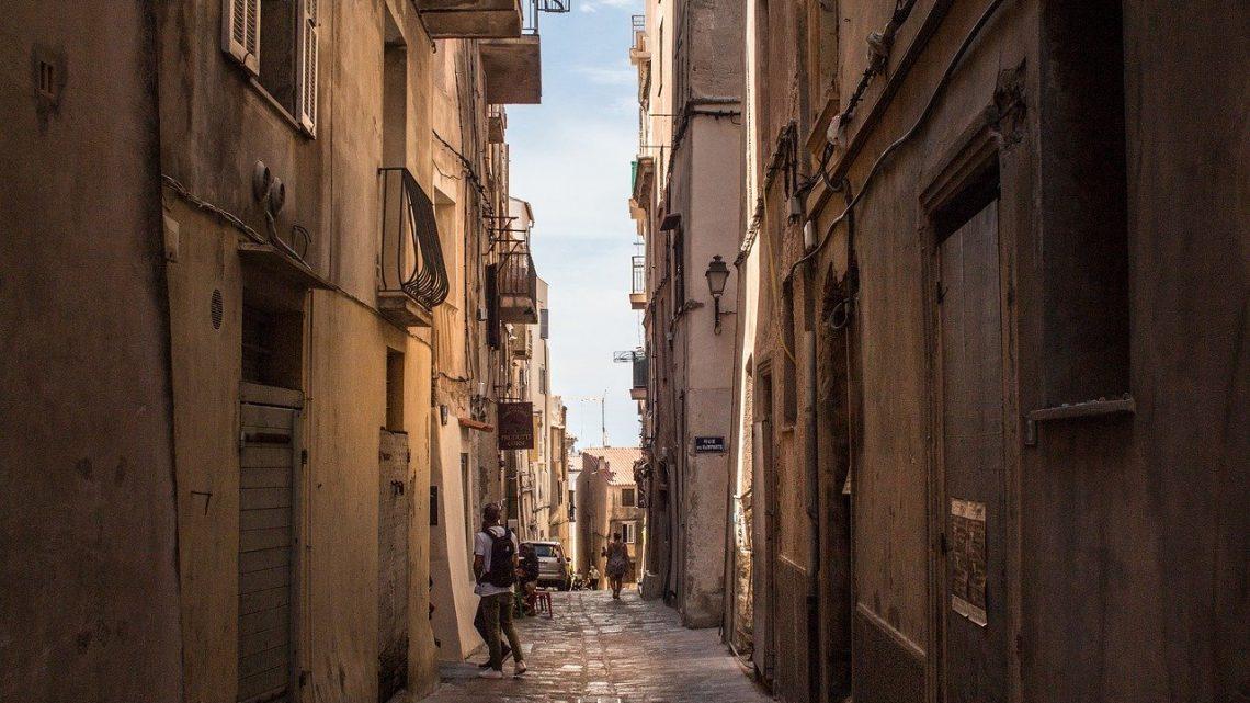 Une destination pour le voyageur en solo, la Corse